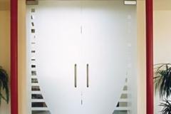 swingdoors5