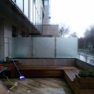Ограждение между балконами1