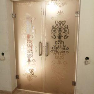 Дверь стеклянная, художественная матировка, Всеволожск1