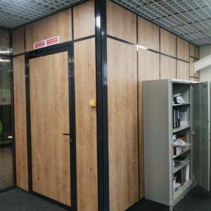 Стеклянные ограждения офиса. м. Достоевская. 2021г5